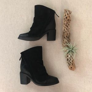 Sbicca Millie Slouch Black Ankle Boots sz 7